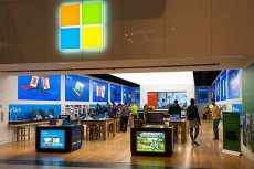 Nowy Microsoft Windows 10X ma obsługiwać wszelkie fantazyjne ekrany o dziwnych kształtach.