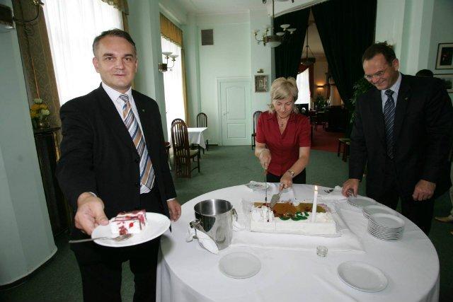 Sejmowa restauracja może mieć poważną konkurencję.