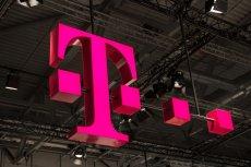 """T-Mobile ostrzega przed kolejną falą ataków phishingowych """"wygraj najnowszy smartfon""""."""