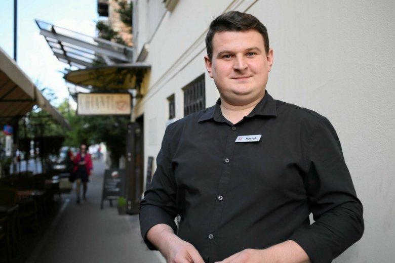 "Kelner warszawskiego ""Chianti"", Bartek Lucjan Lucek."