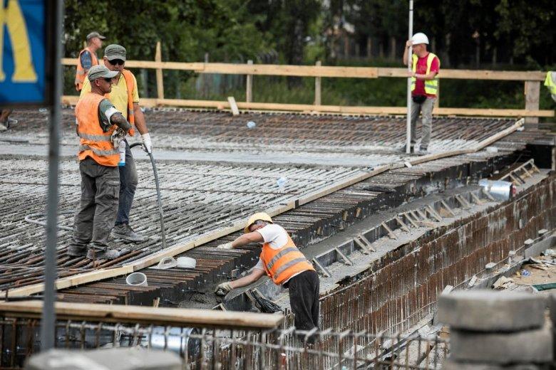 Przy obecnym tempie remontów stan dróg krajowych będzie dobry dopiero za 22 lata - ostrzega NIK.