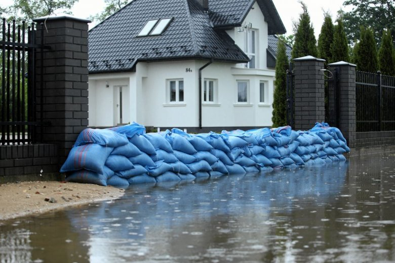 Ubezpieczyciele starają się pomóc osobom dotkniętym przez żywioł