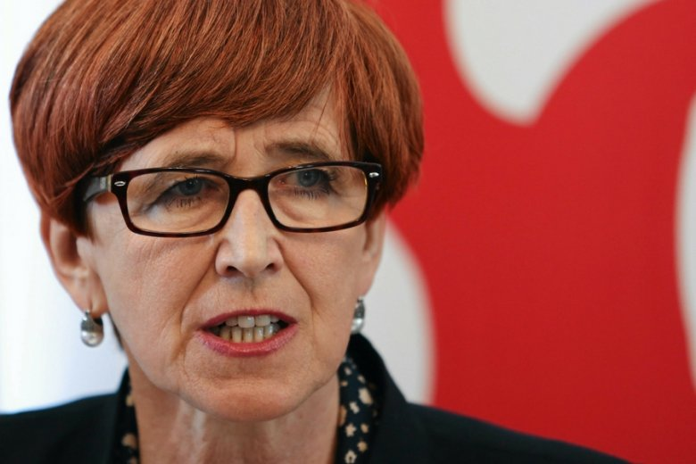 Los nowego kodeksu pracy jest w rękach minister pracy Elżbiety Rafalskiej. Decyzja ma zapaść do końca kwietnia.