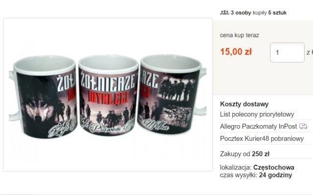 W sieci można kupić nawet kubki motywami żołnierzy wyklętych