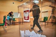Pracownik komisji wyborczej w dwóch turach może zarobić 1 tys. zł.