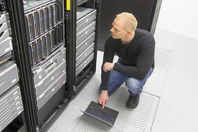 Eksperyment przeprowadzony przez amerykański zespół naukowców z Princeton Univesity i Purdue University dowiódł, że dysk twardy w komputerze można zniszczyć przy pomocy dźwięku.