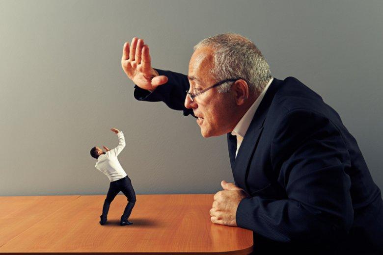 3 największe błędy firm, przez które tracą swoich najlepszych pracowników. Jak ich uniknąć?