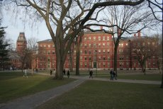 Kampus Uniwersytetu Harvarda.