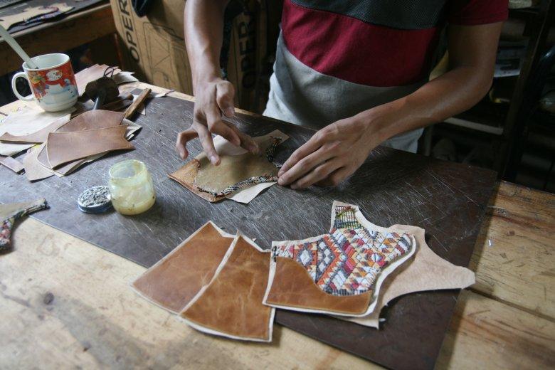 Wszystkie produkty sprzedawane przez SempreArte są wytwarzane ręcznie przez Majów.