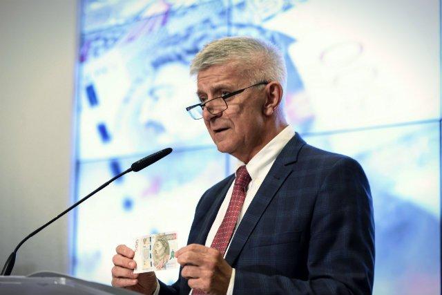 Prof. Marek Belka lubił swego czasu obnażać niewiedzę dziennikarzy podczas konferencji