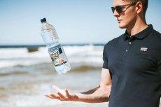 Swoją obecność na światowym rynku zaczyna zaznaczać polska woda Sport Sense, wydobywana ze źródła w okolicach Kołobrzegu.