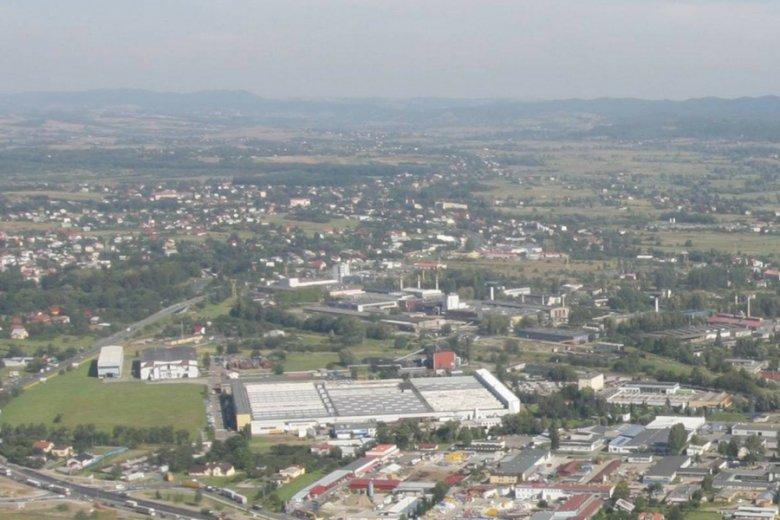 Panorama Krosna, na drugim planie kompleks KHS.