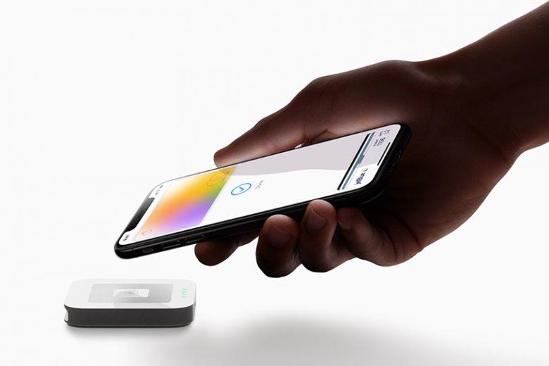 Pierwsze karty kredytowe od Apple i Goldman Sachs właśnie trafiają do klientów
