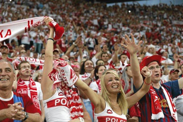 Kibice reprezentacji Polski w czasie Euro 2012.