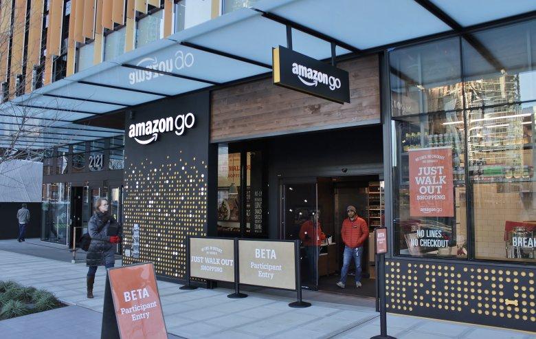 Amazon otwiera nowy sklep Amazon Go. Bez kasjerów, bez kas, bez kolejek