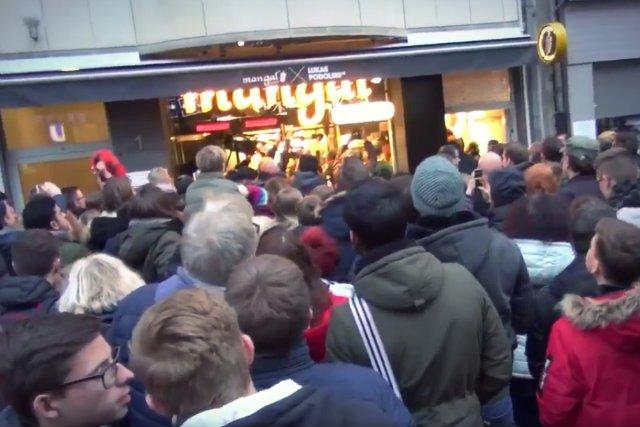 Na otwarciu zjawiły się tłumy