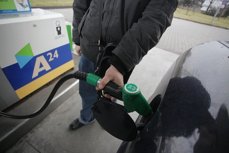 Klincz dwóch ustaw spowodował otwarcie furtki na rynku paliw dla nieuczciwych sprzedawców.