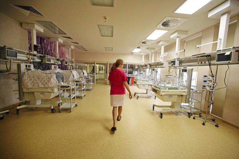 Droższy prąd podniesie rachunki szpitalom o nawet 112 proc.