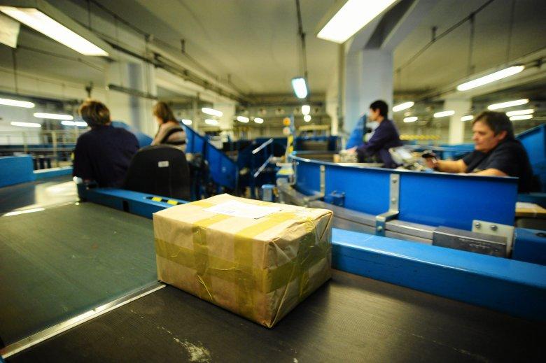 Poczta Polska wprowadza nową usługę, od teraz będzie można indywidualnie z kurierem ustalać czas doręczenia przesyłki.