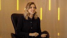 Eliza McNitt to amerykańska reżyserka, tworząca filmy VR o przestrzeni kosmicznej.