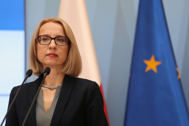 Minister finansów Teresa Czerwińska chce nowej stawki podatkowej - 17 proc. dla osób z zarobkami poniżej 3600 zł.