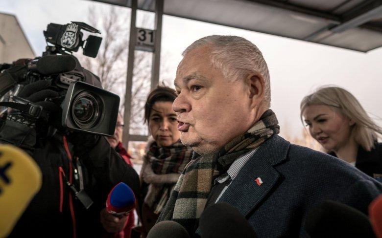 Zarobki Wojciechowskiej z NBP: 65 tys zł to nie wszystko, bo jeszcze dorabia.