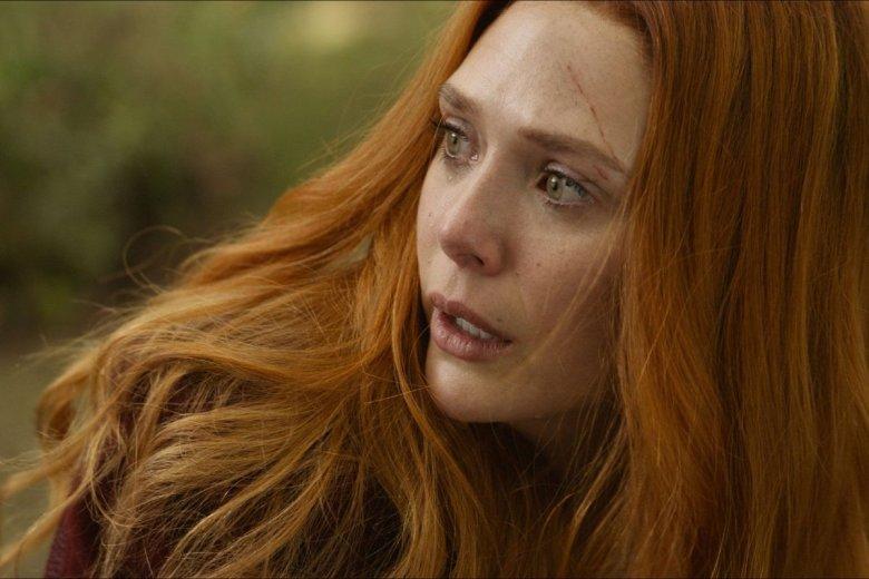 Elizabeth Olsen jako Wanda.