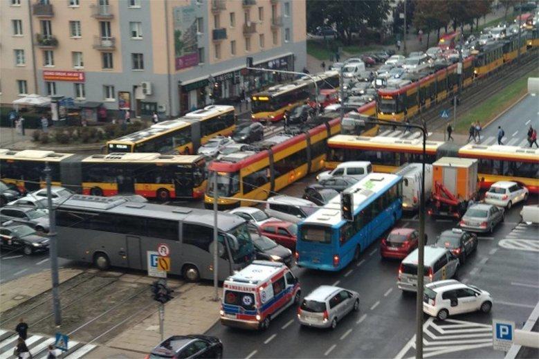 Do Tetrisa doszło, bo polscy kierowcy nie szanują przepisów drogowych. Ani siebie nawzajem.