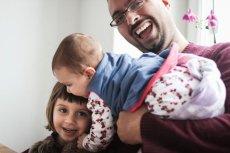 Amit i jego dwie córki