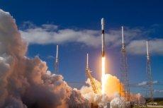 W ubiegłym tygodniu SpaceX Elona Muska wystrzeliła na orbitę 60 z aktualnie planowanych 12 tys. niewielkich satelitów Starlink.