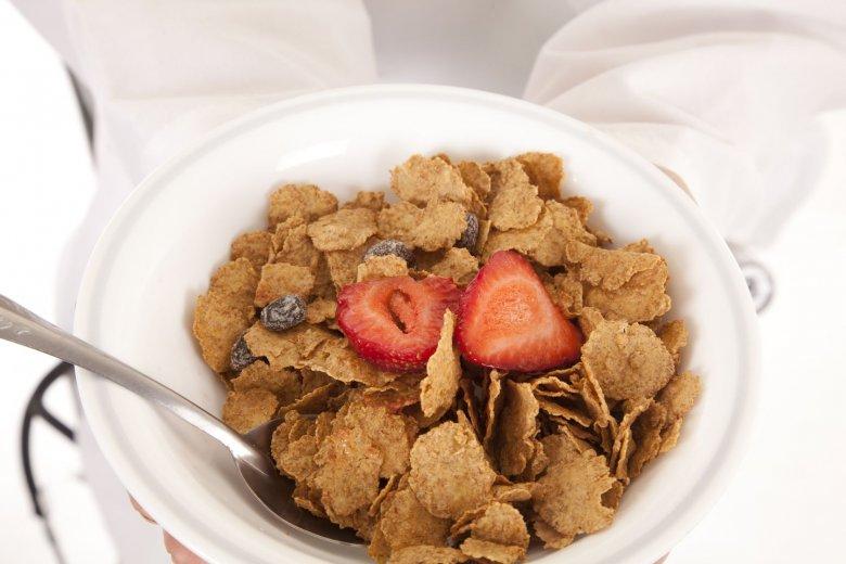 Badacze z Food Rentgen sprawdzili, co zawierają w sobie płatki śniadaniowe sprzedawane w Polsce