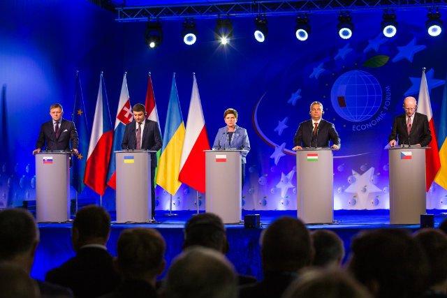 Robert Fico, Premier Słowacji; Wołodymyr Hrojsman, Premier Ukrainy; Beata Szydło, Prezes Rady Ministrów, Polska; Viktor Orban, Premier Węgier; Bohuslav Sobotka, Premier Czech
