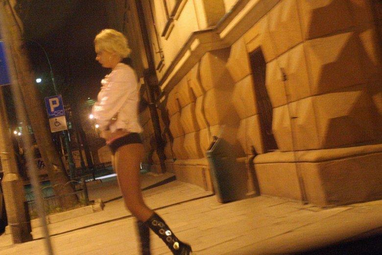 Szwajcarskie władze dofinansowały platformę, na której prostytutki mogą umieszczać ogłoszenia o swoich usługach.