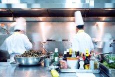 W tej restauracji każdy gość może być pracownikiem.