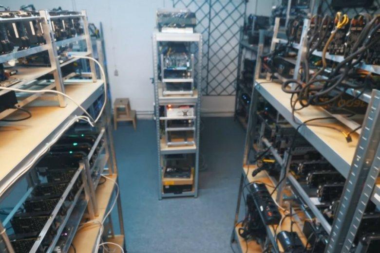 """Kopanie bitcoina stopniowo przestaje się polskim """"górnikom"""" opłacać."""