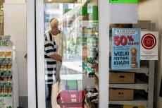 Na dyskusje w internecie sieć odpowiedziała m.in. zakazem robienia zdjęć w sklepach pod szyldem Biedronka.