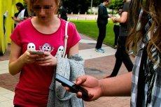 Próba rekrutacji nastolatki do podejrzanej pracy na jednej z olsztyńskich grup na Facebooku wzbudziła oburzenie użytkowników internetu.