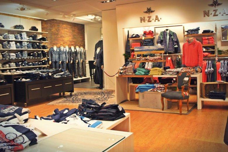 Szczytem cwaniactwa w salonach odzieżowych jest, gdy klientka jest uzbrojona we własną metkownicę.