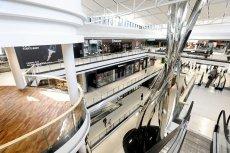 W niedzielę 8 marca z okazji Dnia Kobiet sklepy w Galerii Północnej mają działać. Sprzedaż będą prowadzić w nich właściciele.