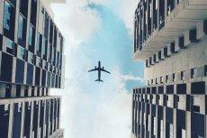 Według europejskich ministrów finansów ceny biletów lotniczych są zbyt niskie.