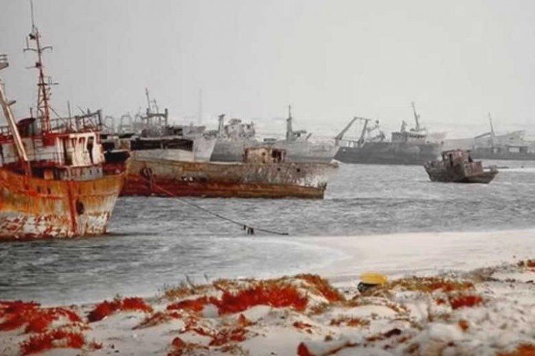 Organizacje ekologiczne z całego świata oskarżają PGŻ o złomowanie i zanieczyszczanie azjatyckich plaż.