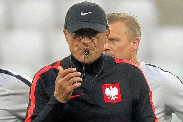 Czy trener reprezentacji, Adam Nawałka, zniknie z reklam w TV?