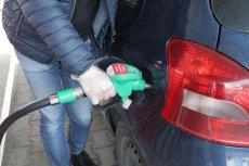 Wpływy z akcyzy od paliw rosną o wiele wolniej niż sprzedaż paliwa.