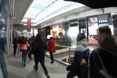 Miłośnicy marki i łowcy okazji w dramatycznym biegu pod drzwi salonu Xiaomi.