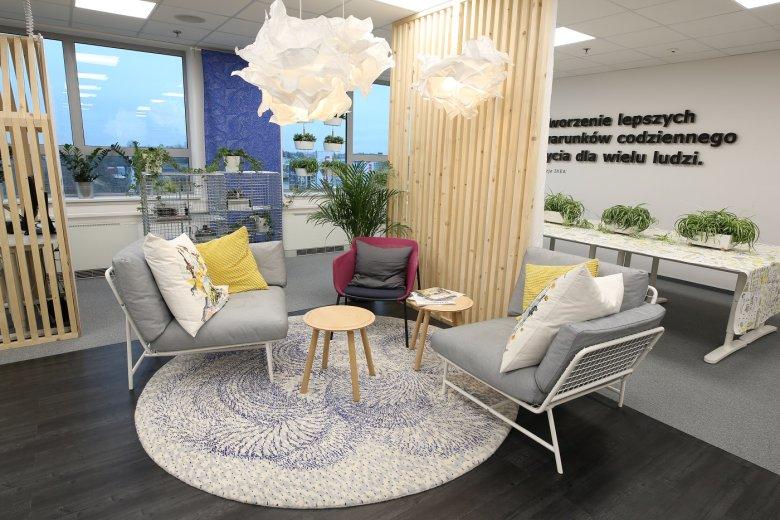 Twoje Studio Pracy IKEA ma kawiarniany wygląd