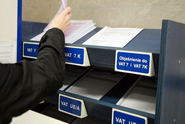 Według nowego pomysłu rządu, VAT ma trafiać bezpośrednio na konto w Urzędzie Skarbowym