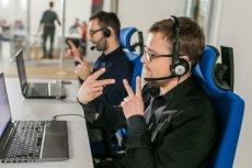 """Akcja """"Pomagamy Migiem"""" to wspólna inicjatywa firmy Samsung i start-upu Migam, która jest odpowiedzią na potrzeby osób głuchych"""