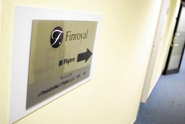 Finroyal było podobną piramidą, jak Amber Gold, ale jej twórca ciągle jest na wolności i prowadzi podejrzane interesy