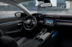 Obecnie oferowane auta segmentu D dysponują technologiami, które gwarantują bezpieczeństwo i wysoki komfort podczas najdłuższych podróży. Do tej grupy należy Peugeot 508 wprowadzony do oferty w 2019 roku