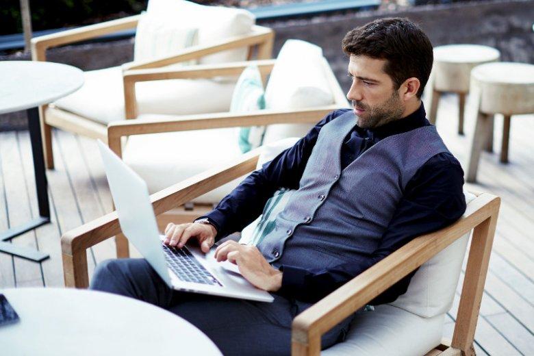 Faktoring może okazać się przydatnym instrumentem finansowym dla freelancerów i osób prowadzących jednoosobową działalnośćgospodarczą